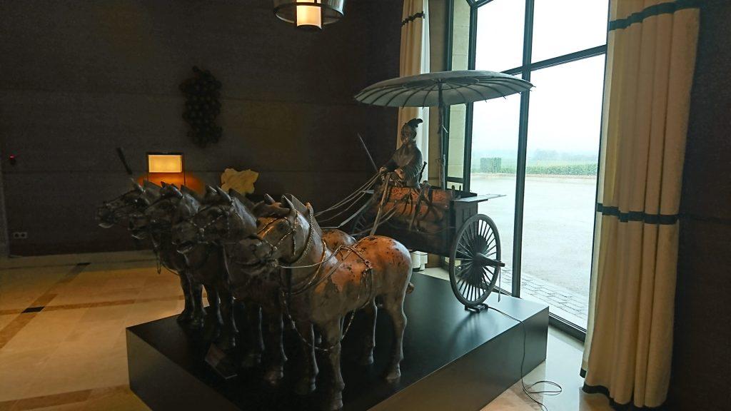Statue de l'Empereur Qin Shi Huangdhi au Château Pavie