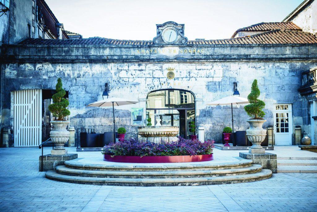 La cour du Château Royal de Cognac